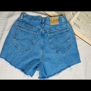 Vintage lee high rise shorts .